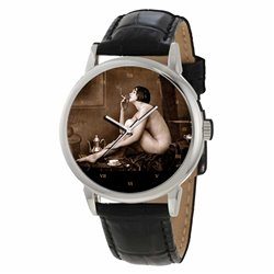 THE CIGARETTE SMOKER - CLASSICAL RETRO NUDE EROTIC ART GENTS WRIST WATCH